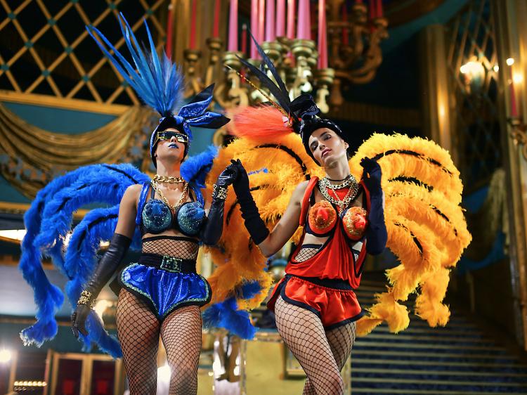 Jean-Paul Gaultier relooke les Folies Bergère avec son Fashion Freak show