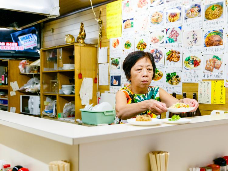 本場台湾の食堂を訪ねる。