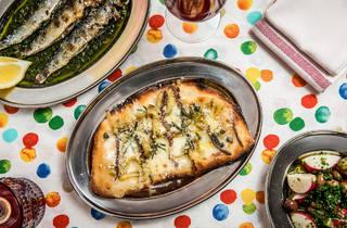 Deep fried pizza (Photograph: Anna Kucera)