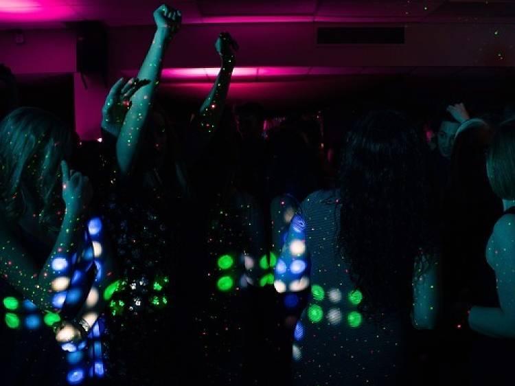 Les meilleurs bars de Paris pour fêter son anniversaire