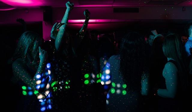 Les 36 meilleurs bars de Paris pour fêter son anniversaire