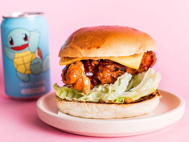 Fried chicken burger at Baby Su