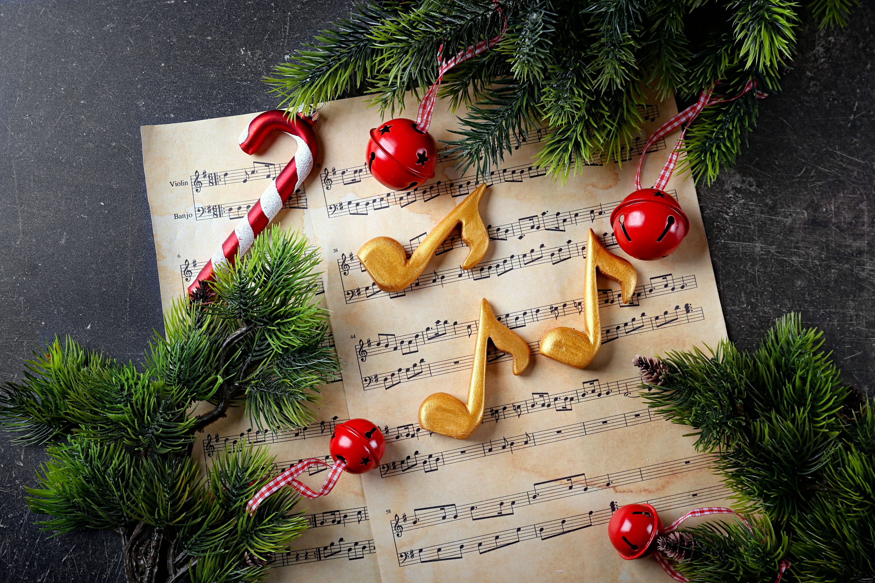 15 Best Christmas Songs for Kids and Families