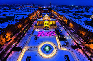Advent on Tomislav Square