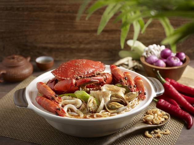 Crouching Tiger, Hidden Dragon_Spicy Broth Seafood Pot