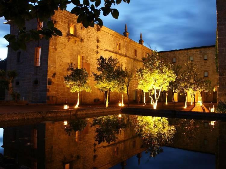 Acorde num mosteiro renovado por Souto Moura