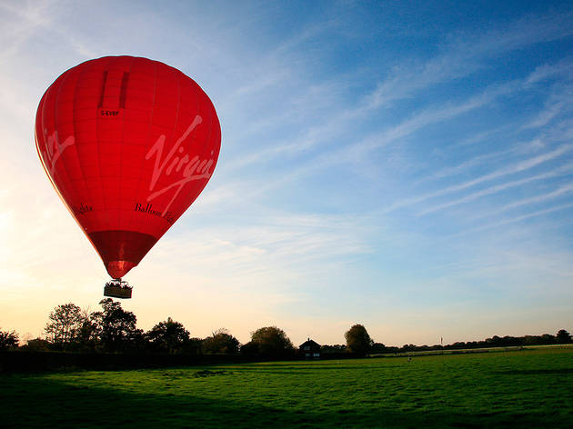 A hot air balloon sunrise flight for two with Virgin