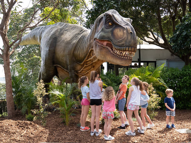 Kids at the Taronga Zoo Dinosaur exhibit.