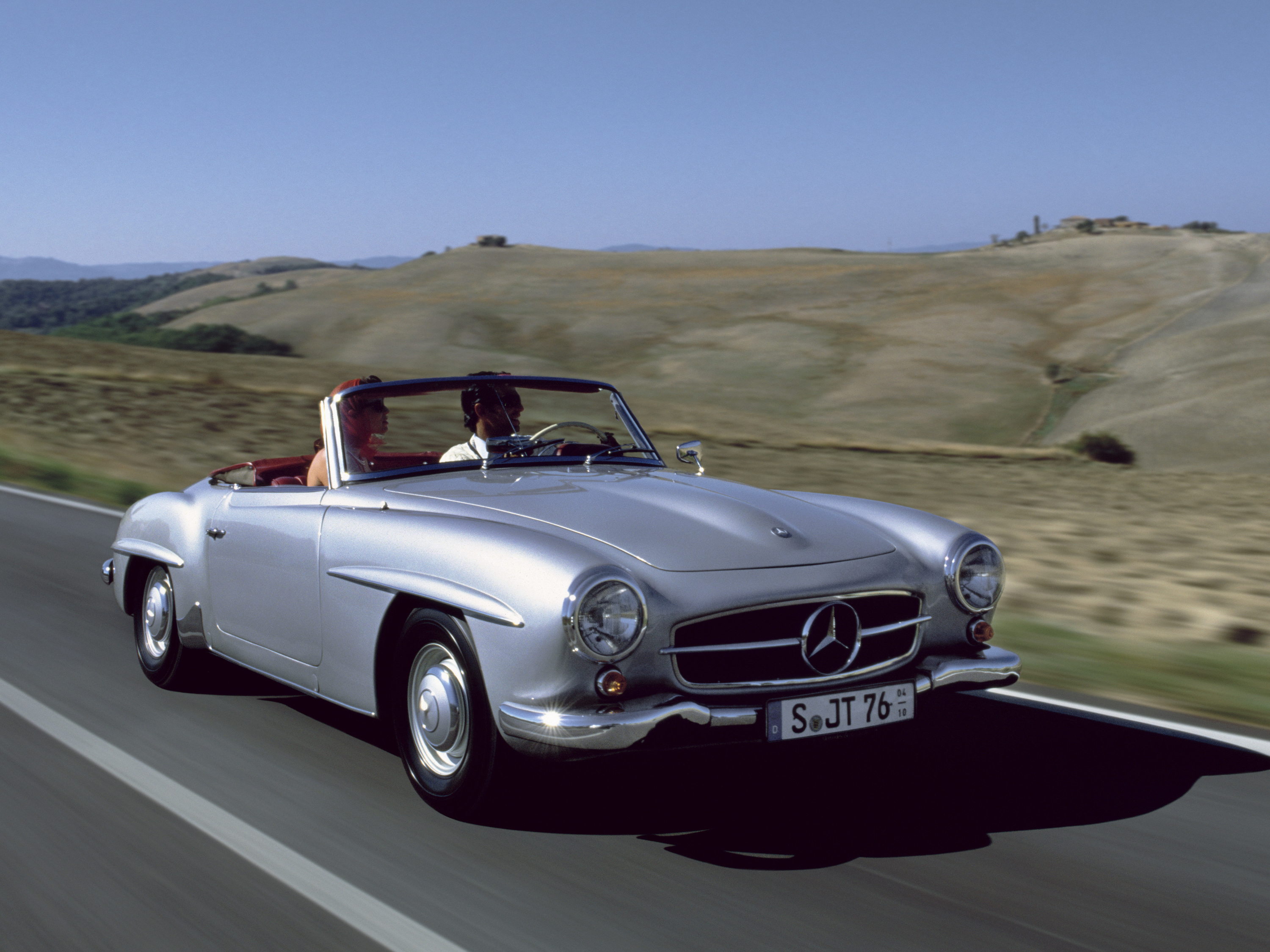 Enjoy stars and cars at Mercedes me