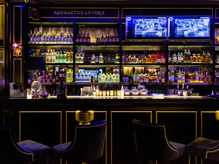 MonteCristo Caffe Lounge