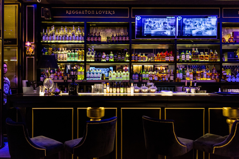 Monte Cristo Caffé Lounge