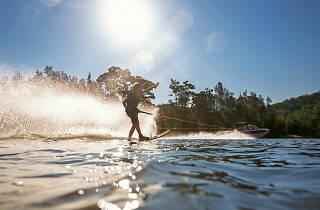 Waterskiiing the Hawkesbury