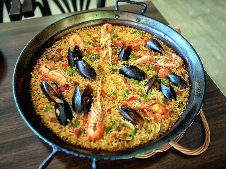 Kick off your seafood diet in Catalonia's largest wetland