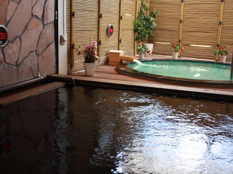 風呂巡りは駅チカでする。