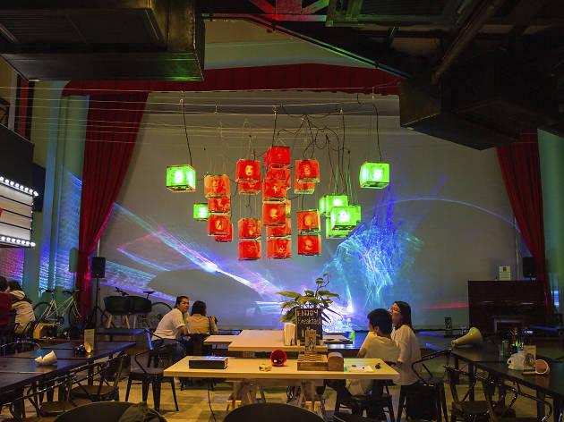 Awakening Bangkok - Crown Pavilion