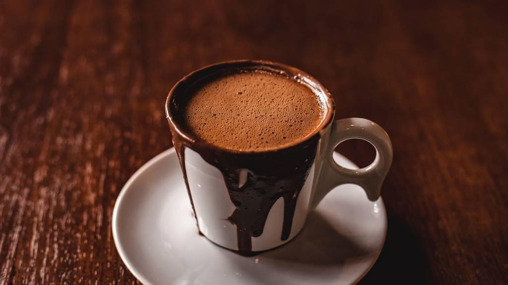 23 hot spots pour déguster les meilleurs chocolats chauds de Paris