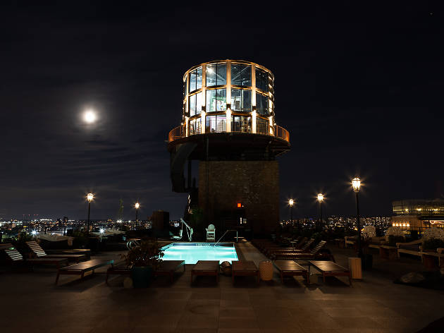 There's a new swanky cocktail bar inside a water tower on a Brooklyn rooftop