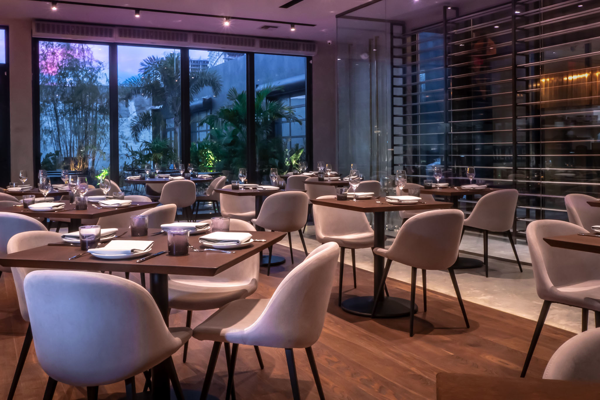 9f077e65314 Happy Hour  Miami s Best Places to Drink After Work