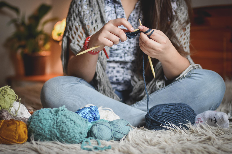 Dónde aprender a tejer y a hacer punto este invierno