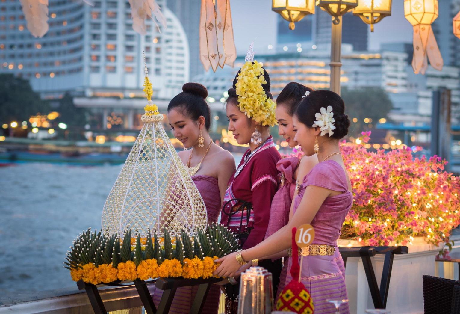 Terrace Rim Naam, Mandarin Oriental Bangkok