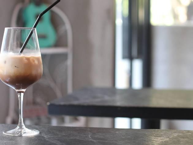 Sp_ace Café & Lounge