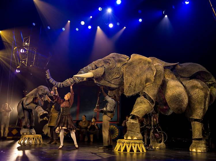 Family Christmas shows in London 2021