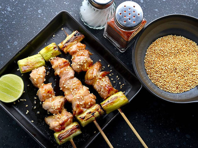 Taller de gastronomia japonesa a Roc35: yakitori, yakisoba i okonomiyaki