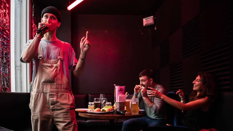 Karaoke at Heroes
