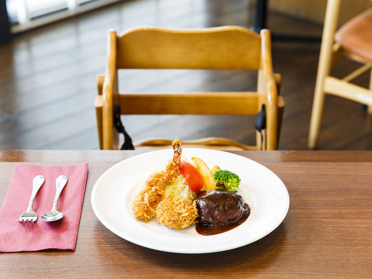 Best family-friendly restaurants to dine out with kids in Tokyo
