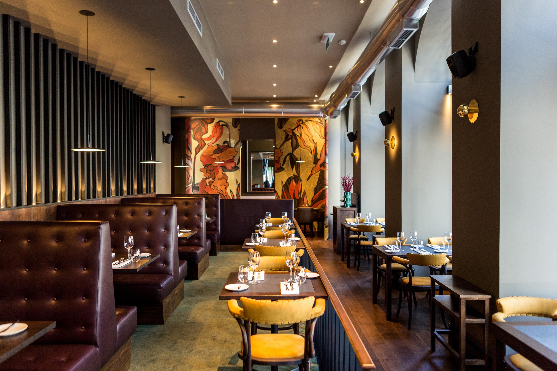 Novo restaurante Mercantina é gigante, bonito e até serve ostras