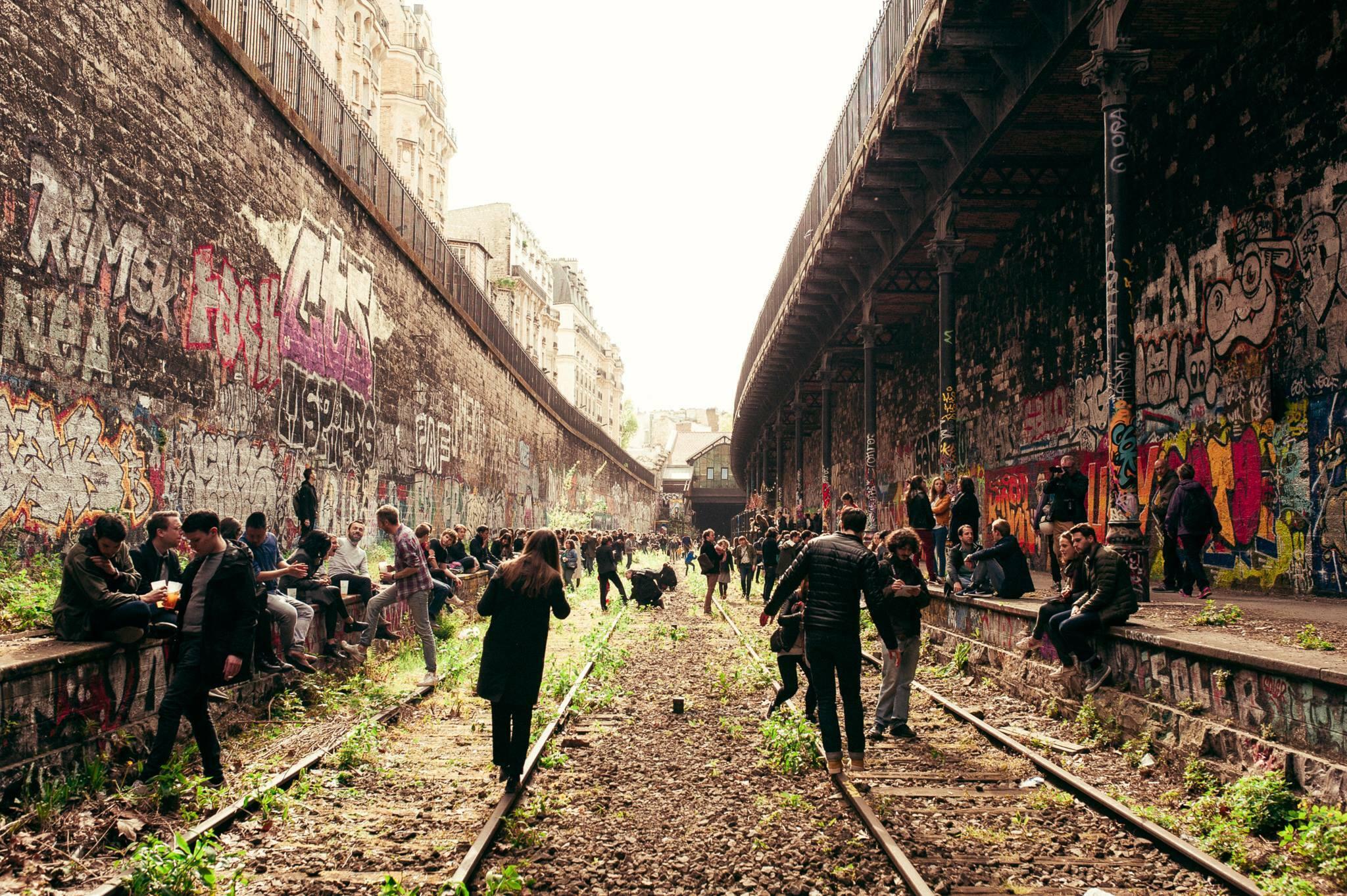 Accès exceptionnel aux rails lors du premier anniversaire du lieu  © Eetu Ahanen / Hasard Ludique