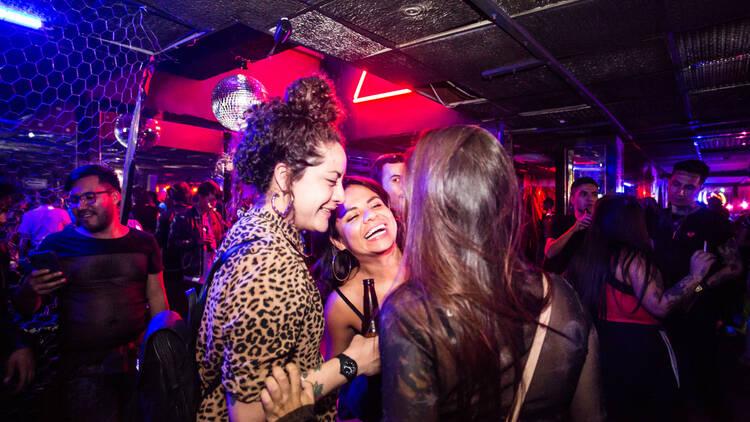 RICO BAR, bar gay, antro gay