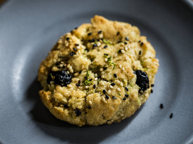 Blueberry-tahini cookies at Studio at the Freehand Hotel