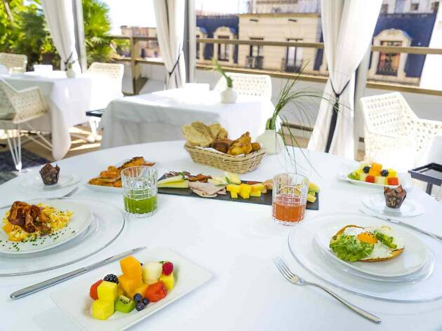 Esmorzar VIP a la terrassa de l'hotel Claris