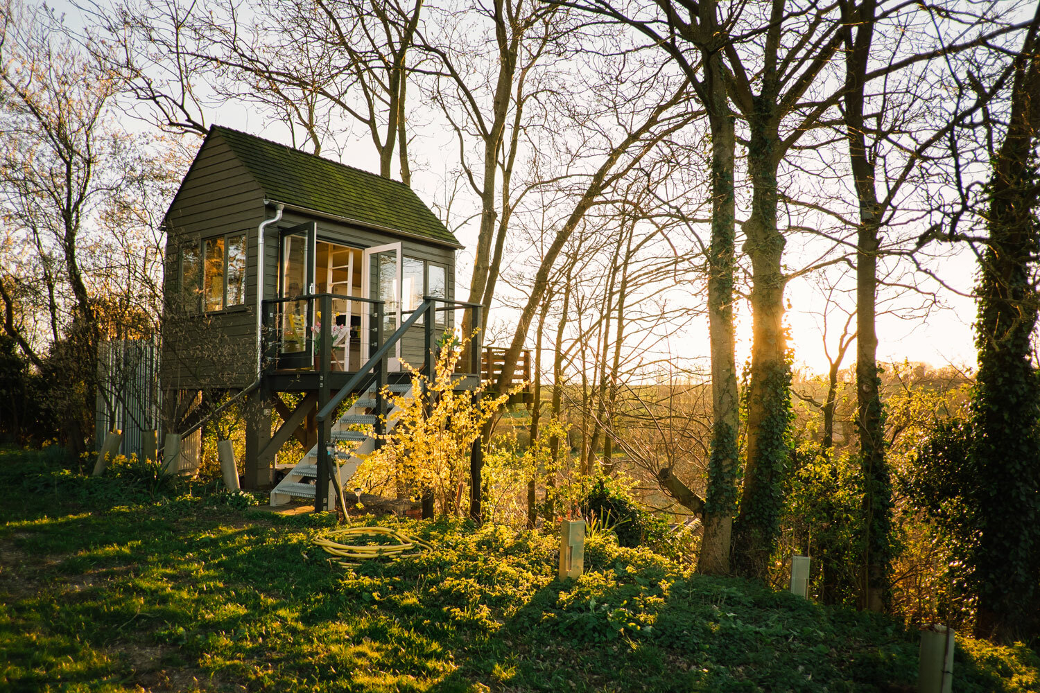 Ted's Hilltop Treehouse