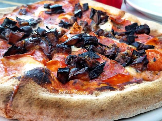 Elio Pizza on Fire