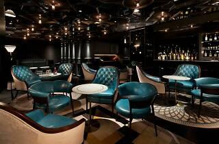 001 cocktail bar