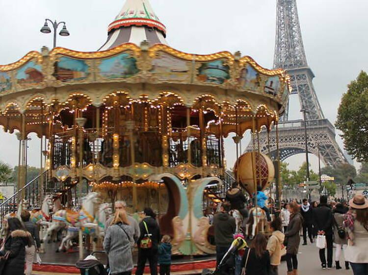 Les plus beaux manèges de Paris