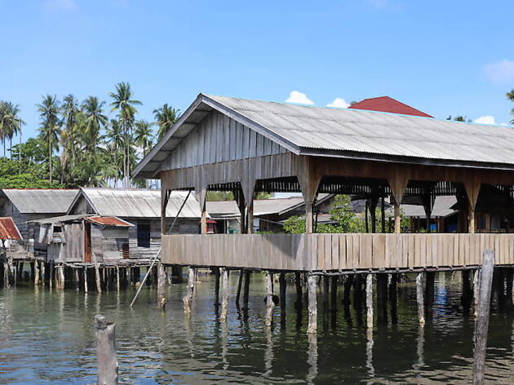 Meet the Sea Gypsies Panglong Village