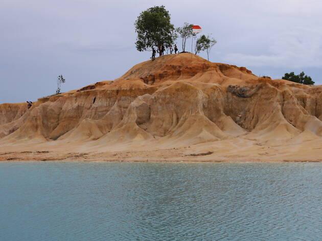 Gurun Pasir Busung and Telaga Biru