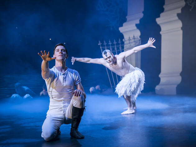 Matthew Bourne's Swan Lake, 2018