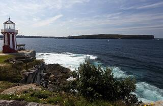 South Head at Watsons Bay, Sydney Harbour National Park with Hor
