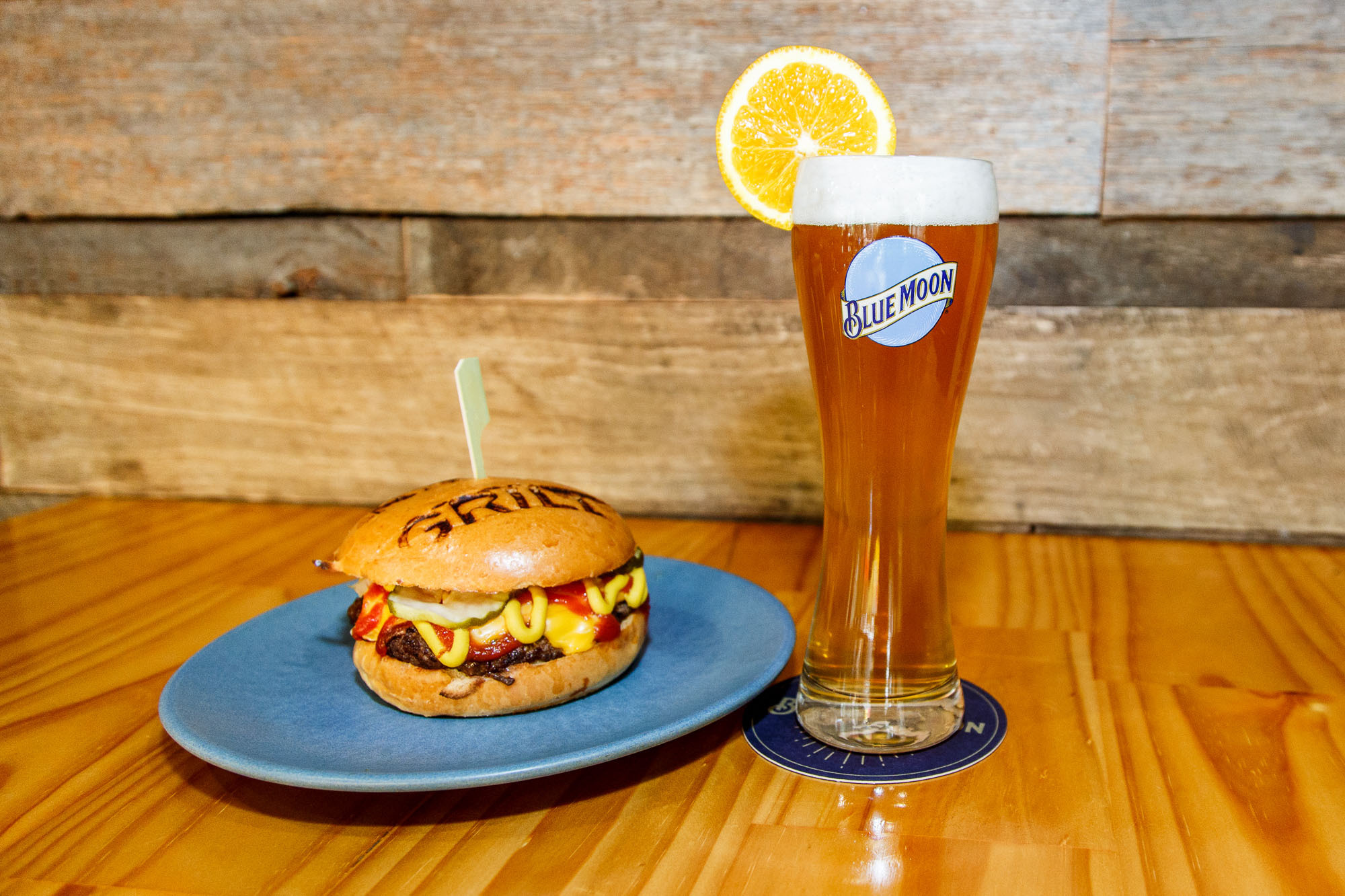 A burger and a Blue Moon beer