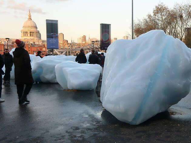 Olafur Eliasson and Minik Rosing: 'Ice Watch'