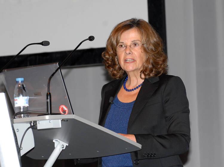 Teresa Lago, antiga professora que assumiu o cargo de secretária-geral da União Astronómica Internacional