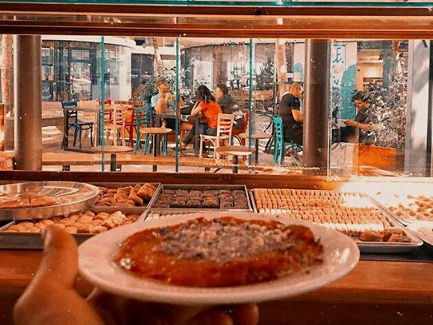 As good as gold: A new Kanafeh bar opens in Florentine