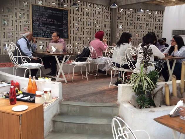 Triveni Café