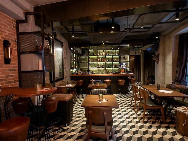 Madre Street Food & Bar
