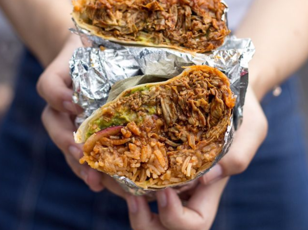 Vegan Mexican food burrito in Los Angeles by Cena Vegan