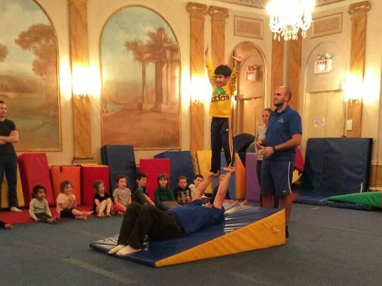 Elliott's Gymnastics Classes